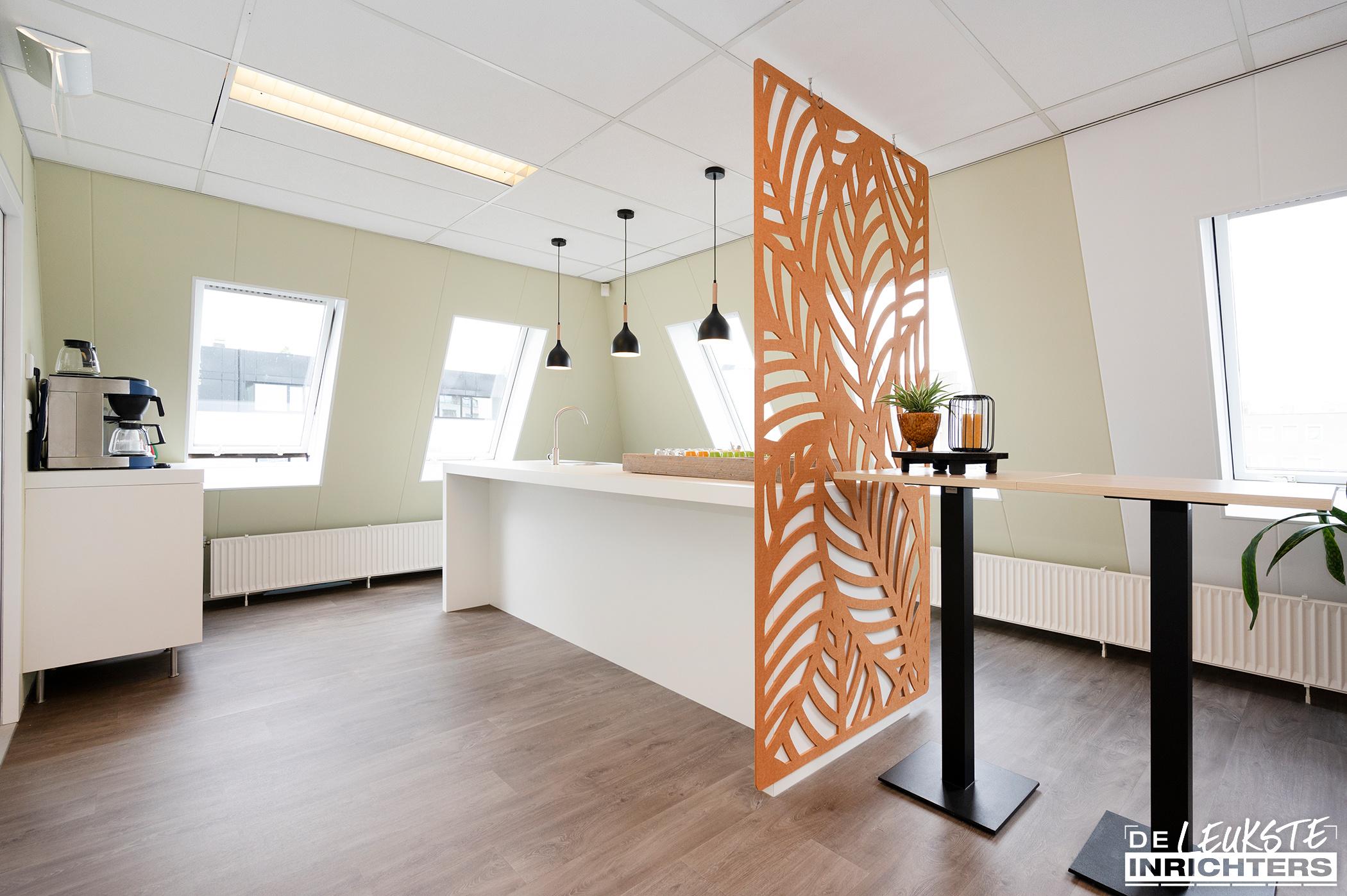 Stichting Logos Leerdam multifunctionele vergaderruimte pantry