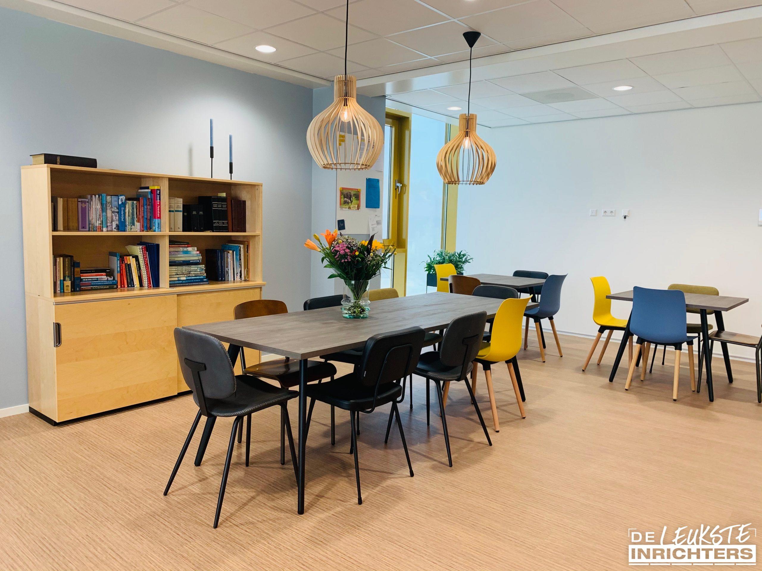 Willem de Zwijgerschool teamkamer tafel